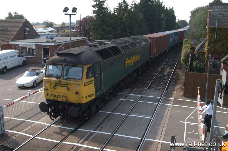 57002 Freightliner Phoenix